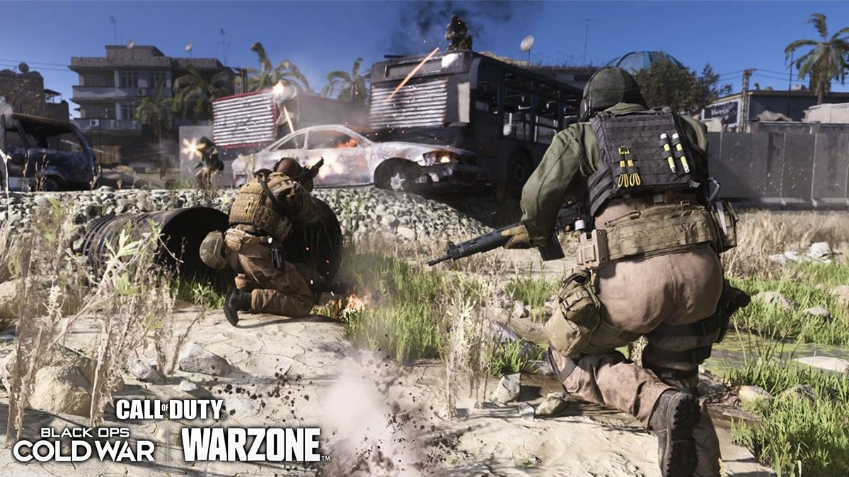 Players running in Warzone